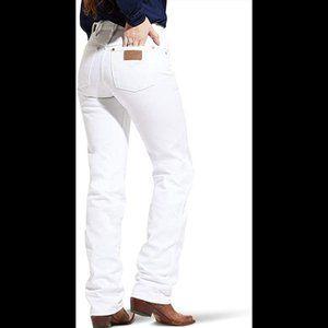 Wrangler Women's Cowboy Cut Slim Fit Natural Waist